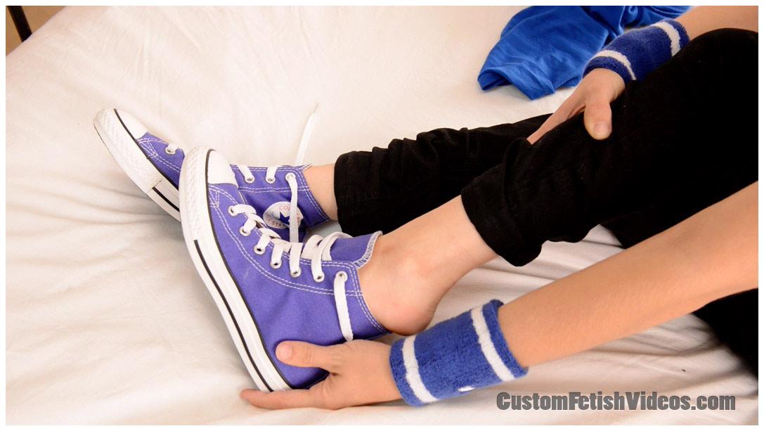 Custom Converse shoes fetish video