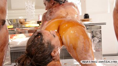 Custom Fetish Video - Wet and messy scene starring Adriana Chechik and Gabriella Paltrova