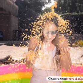Wet and Messy Fetish - Sara Liz and food