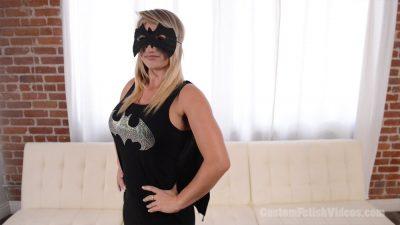 Hypno Fetish - Cali Carter Superheroine / Sara Luvv Villian