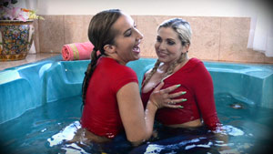 Wetlook Fetish Custom - Richelle Ryan and Christie Stevens