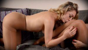 Mercedes Carrera Lily LaBeau mesmerizing foot worship pantyhose sex