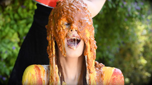 Jillian Janson Wet and Messy Condiment Game