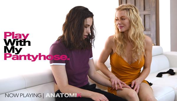 Pantyhose Strapon Lesbians - Casey Calvert and Serene Siren sex